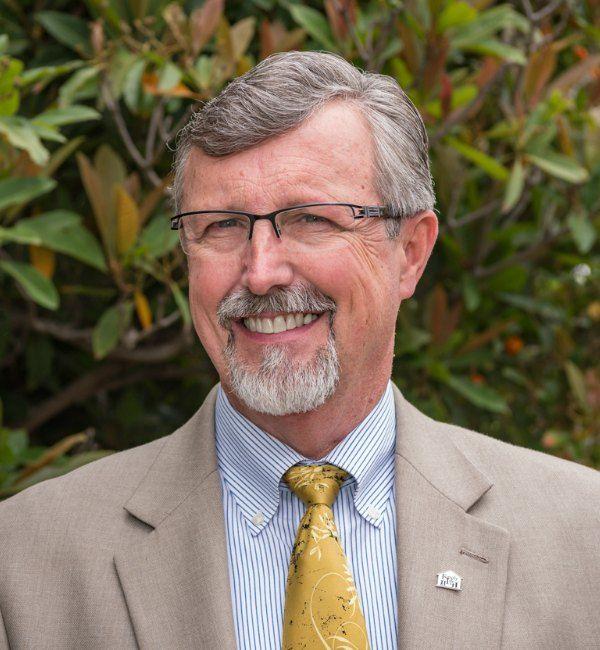 Dr. Steven Christopher